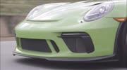 """保時捷量產最快911 GT2 RS 尼龍拉繩被小姐姐嫌棄""""低"""