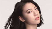 周杰倫新歌MV女主飯桌上學中文+發音標準可愛大笑