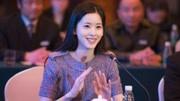 刘强东女儿意外曝光,和章泽天看起来像姐妹,网友:有望美过妈妈