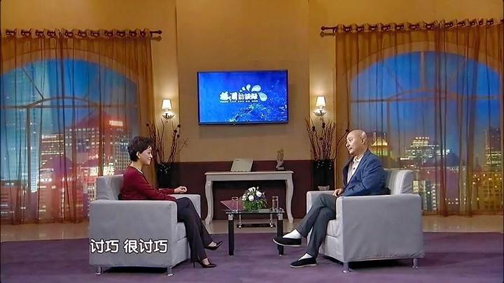 """楊瀾采訪陳佩斯說起被楊立新為了""""搶角""""請客吃飯的趣事!"""
